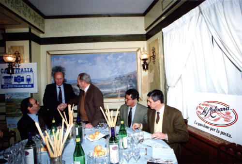 3 - Milano, 1982, Gianni Brera, presentazione Europei indoor